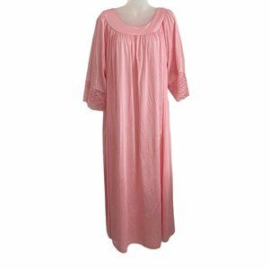 Jenelle of California Vintage 2X Nightgown Lace